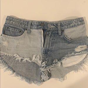 Carmar Jean Shorts Size 24